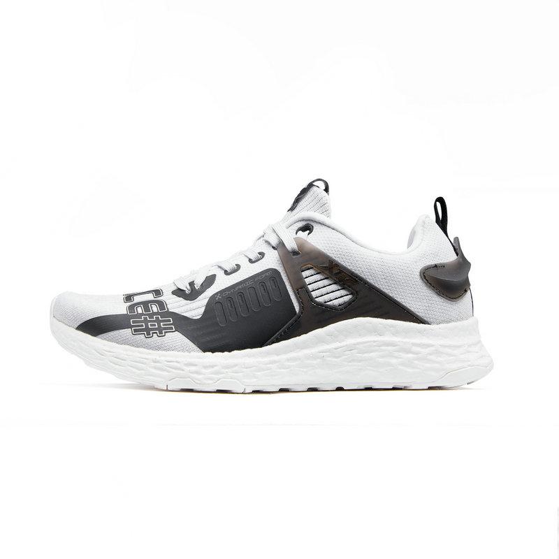 特步 专柜款 女子秋季网面舒适透气跑步鞋982318110233