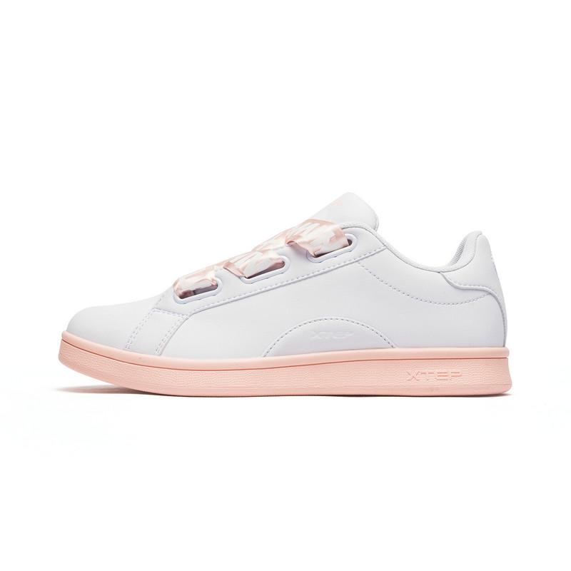 特步 专柜款 女子秋季新款粉色舒适百搭潮流板鞋982318315987