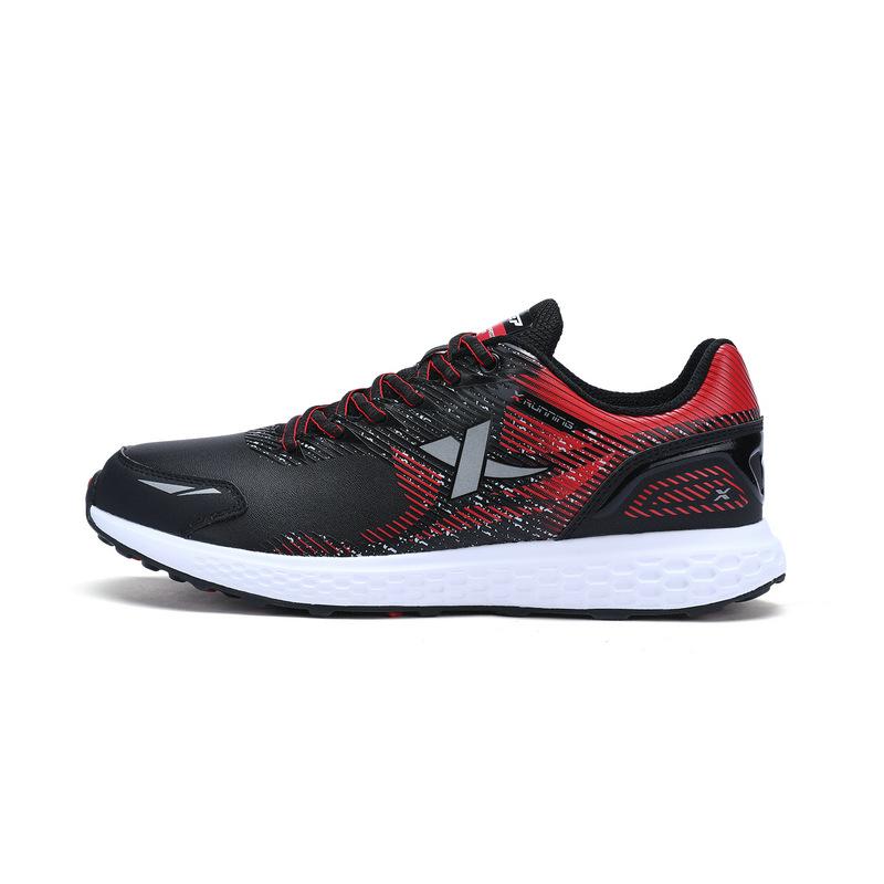 特步 男跑步鞋 冬季新款 耐磨轻便休闲百搭运动鞋983419119152