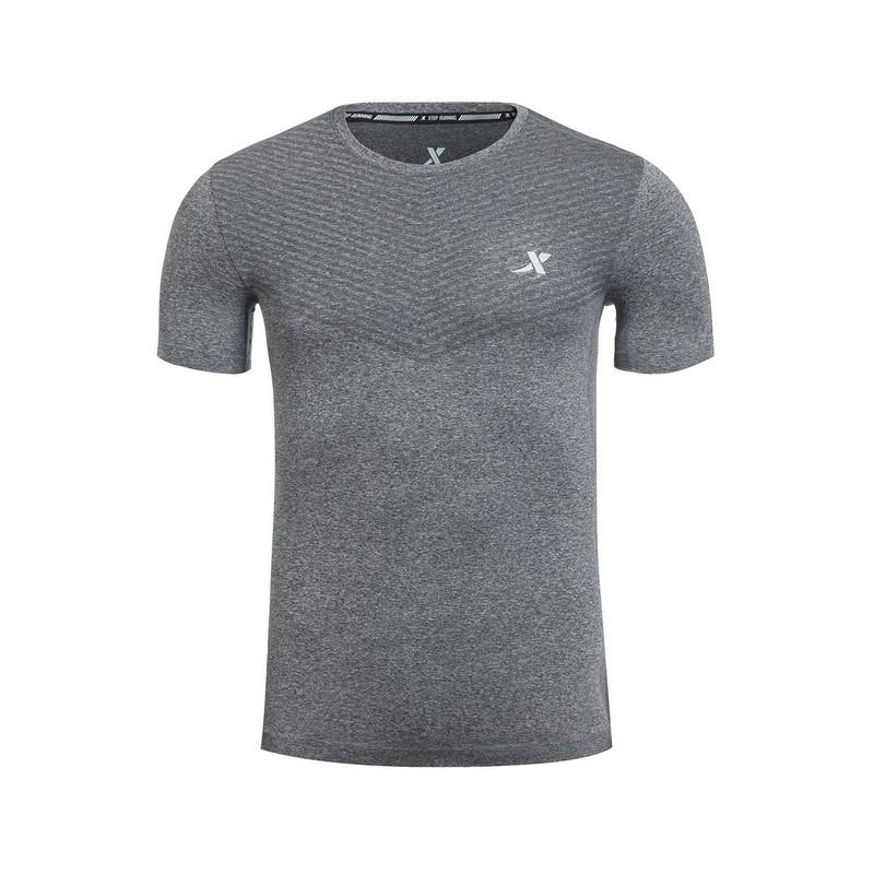 特步 专柜款 男T恤 春季新品 轻薄透气弹性男短袖983129011655