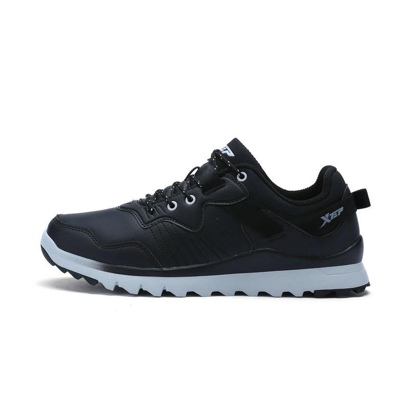 特步 专柜款 男子秋季户外鞋 17新品户外运动鞋983319171218