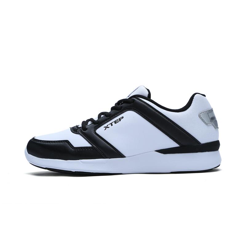 特步 专柜款 女子冬季都市鞋 休闲潮流女鞋983418392738