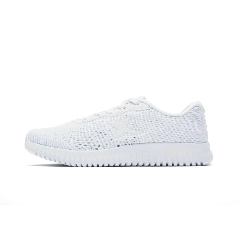 特步 女子夏季跑步鞋 网面透气982218117008