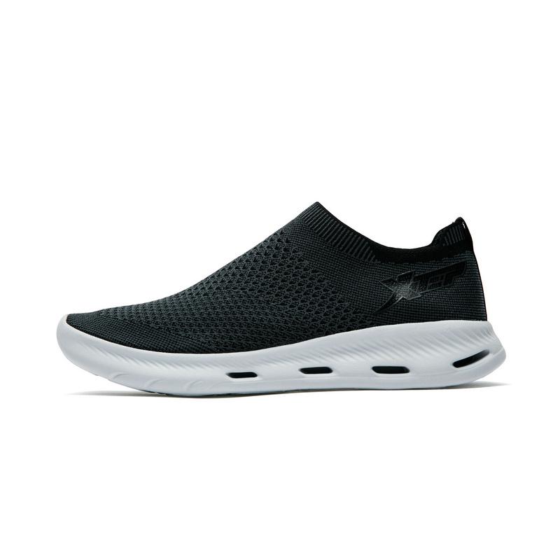 特步 专柜款 男子夏季户外鞋 透气一脚蹬溯溪鞋982219171535