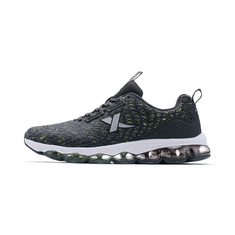 特步 男子跑鞋春季款 全掌气垫舒适网布减震运动鞋982119119087