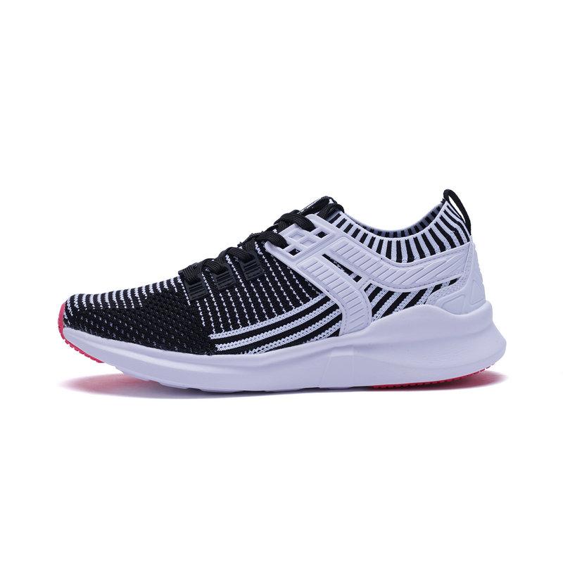 特步 专柜款 女子春季休闲鞋 一体织女鞋982118326628