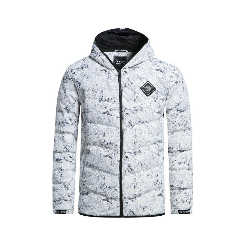 特步 专柜款 男子羽绒服 都市短款印花外套983429190749