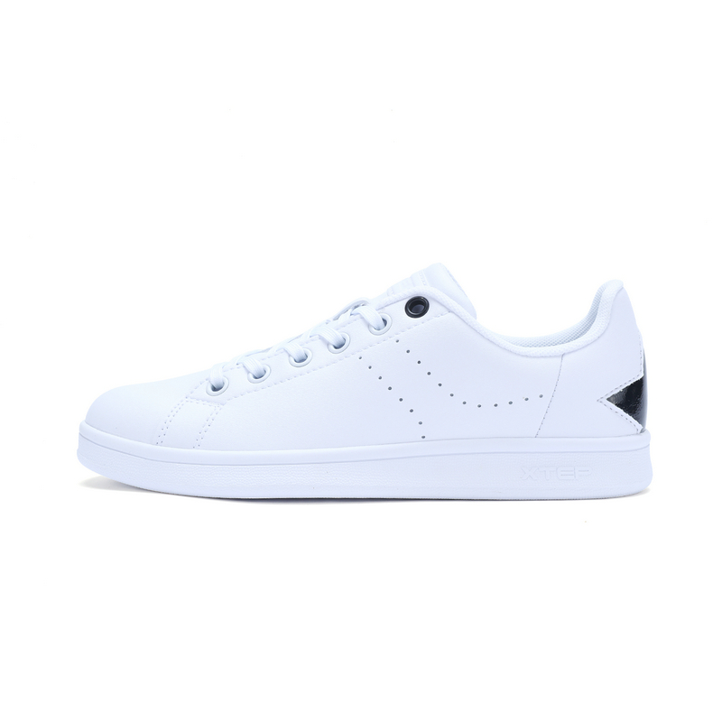 特步 专柜款 女子春季板鞋 百搭时尚女鞋982118315900