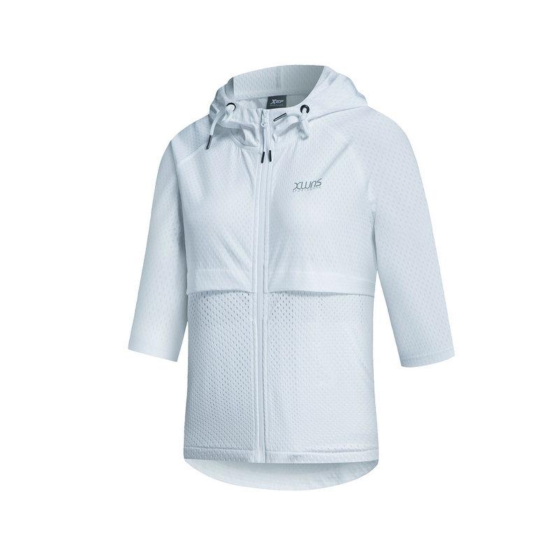 特步 女子单风衣 春季舒适外套882128149103