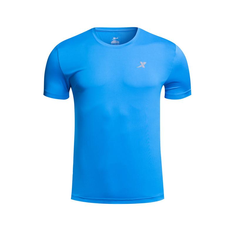 特步 男跑步T恤 夏季新品轻薄透气弹力短袖上衣883229019075