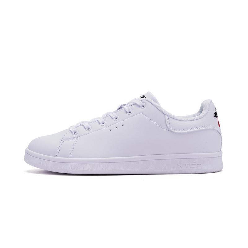 特步 专柜款 女子夏季板鞋 刺绣女鞋982218315963