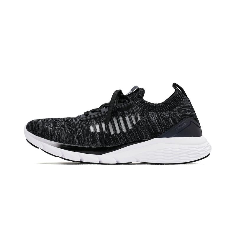 特步女子跑鞋2018春季新款轻便耐磨袜套系带运动鞋982218119573