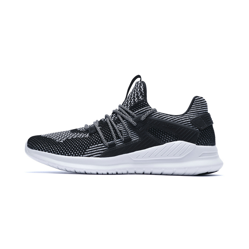 特步专柜款 男子夏季综训鞋 一体织减震运动鞋982219520575
