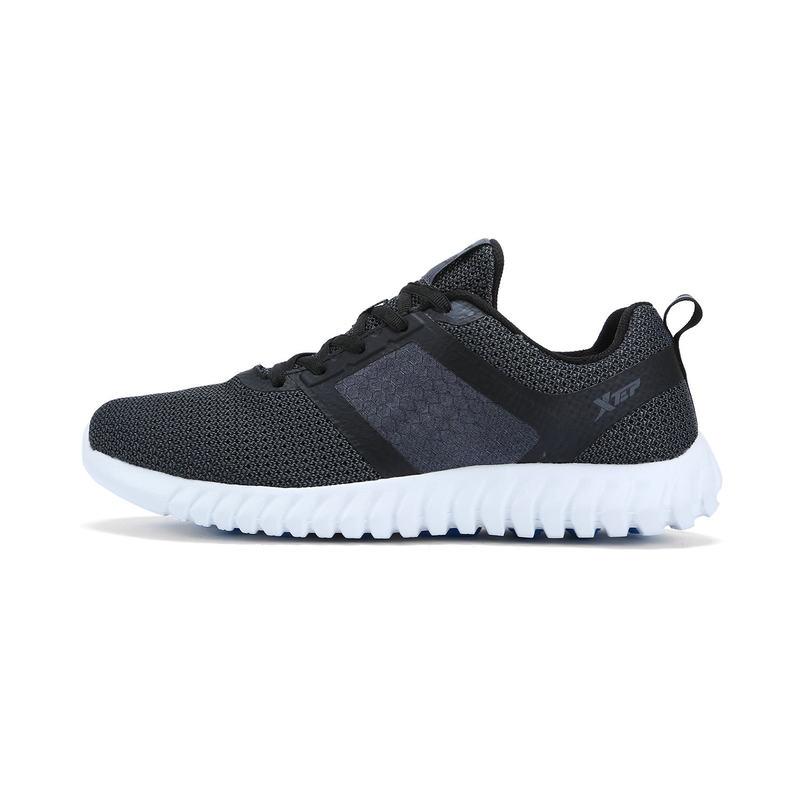 特步 男子夏季跑步鞋柔立方轻便透气时尚休闲 运动男鞋983219116022
