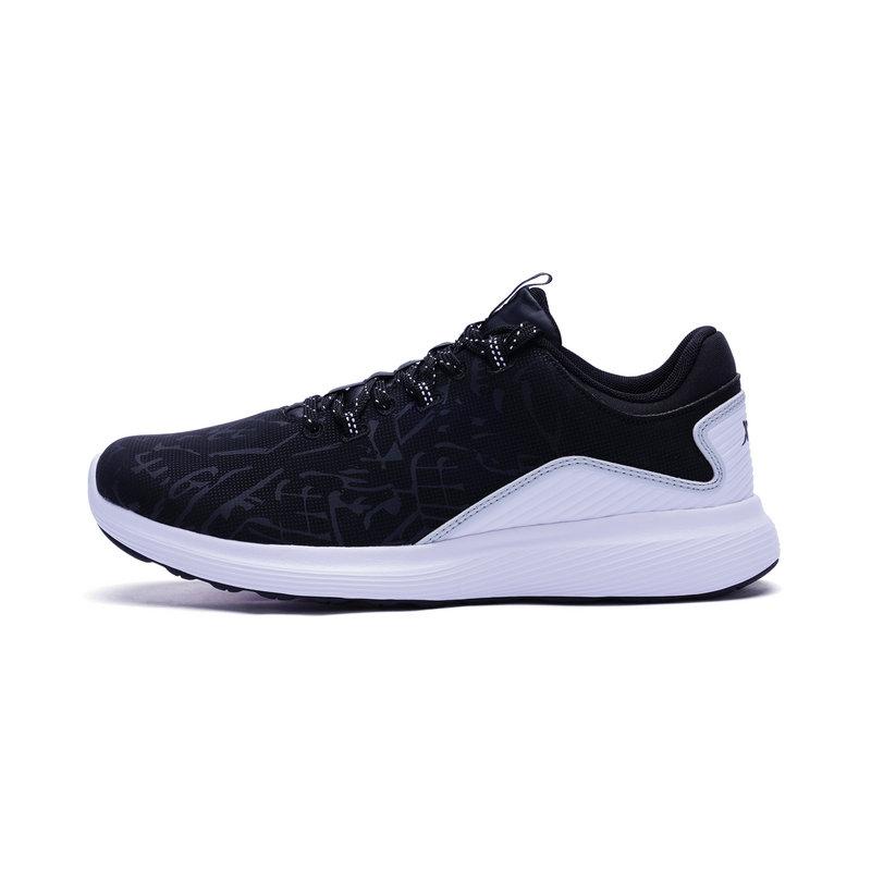 特步 专柜款 女子跑鞋 新品时尚运动鞋983418116533