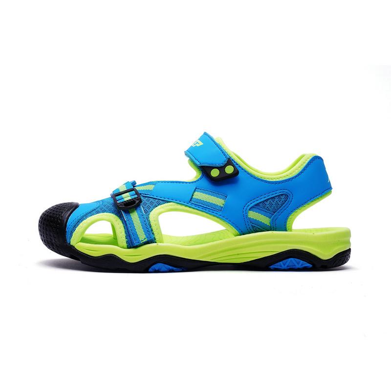 特步  男童沙滩鞋   夏季舒适休闲凉鞋682215509687
