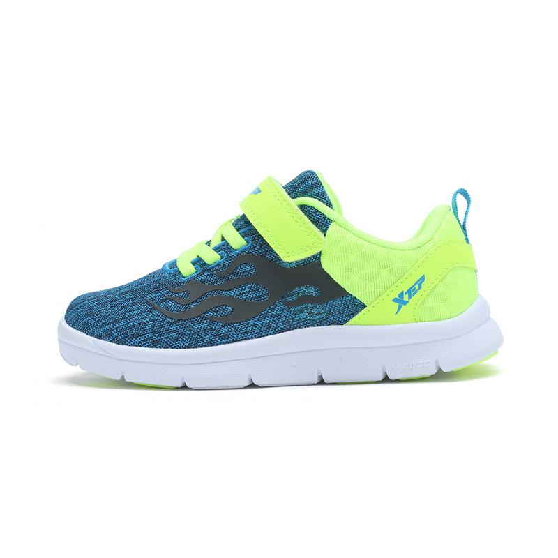 特步  男女童健康鞋 专柜舒适透气鞋子682116613172
