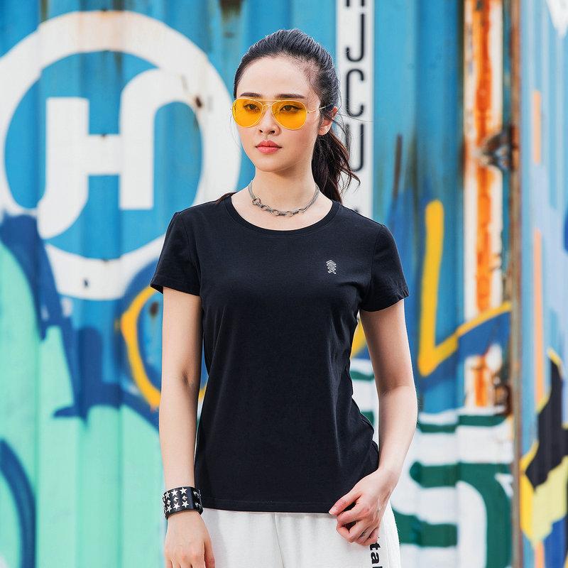特步 女子新款休闲时尚运动针织衫短袖882128019269