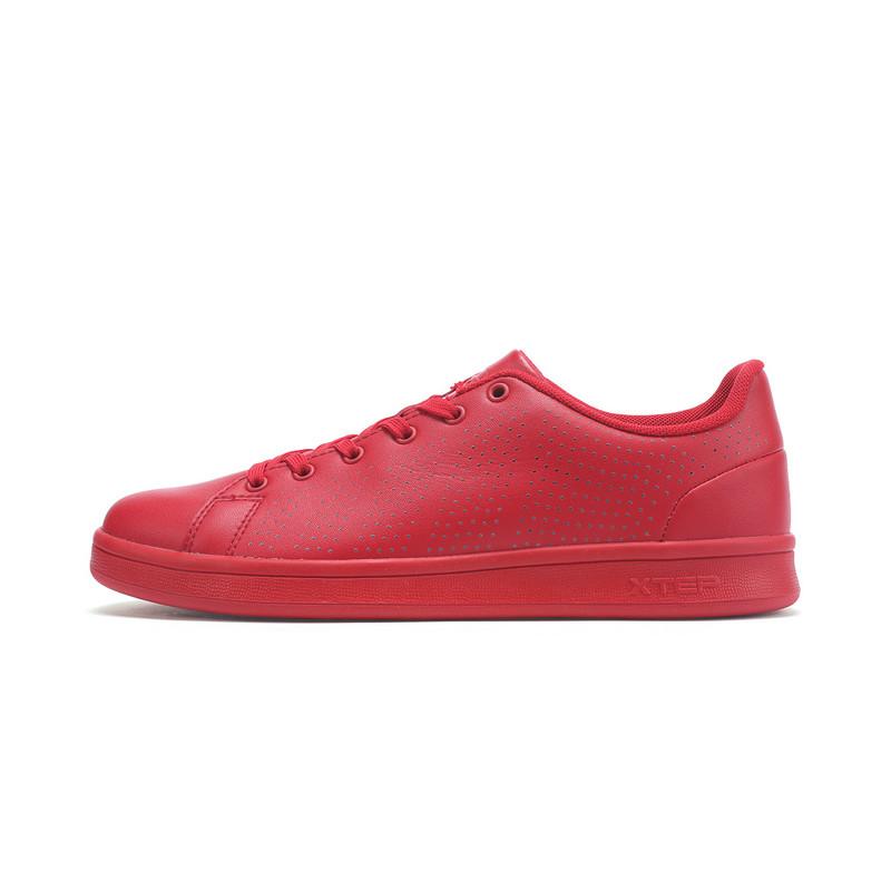 特步 专柜款 男子夏季板鞋 纯色百搭男鞋982219315856