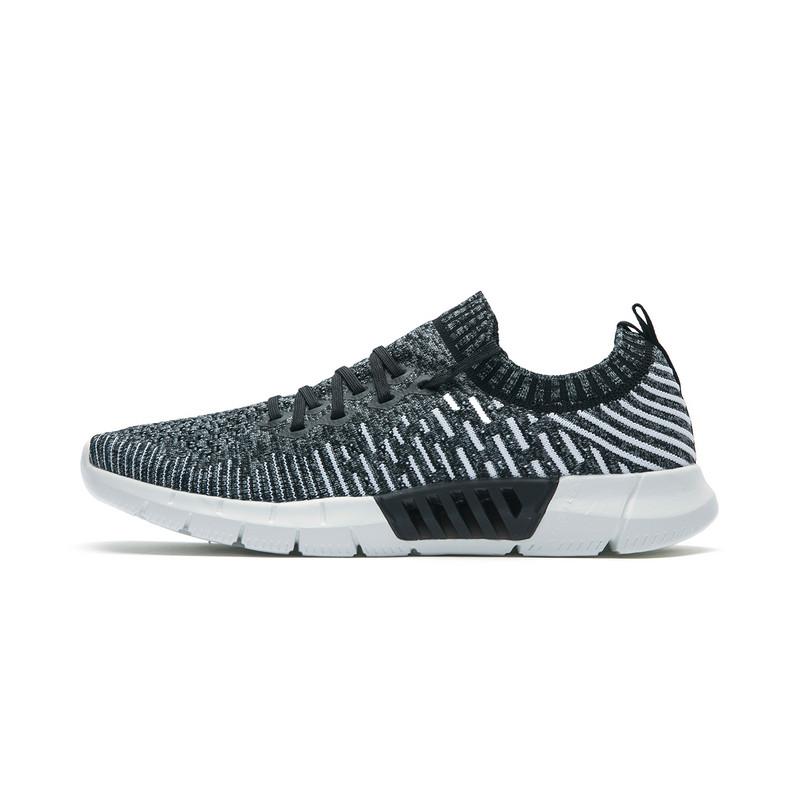 特步 专柜款 男子夏季运动健身跑步鞋舒适透气跑鞋982219117009