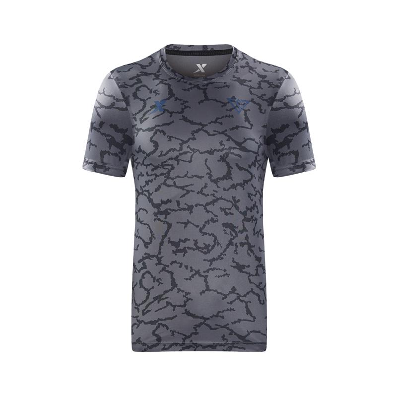 特步 专柜款 男子夏季新款运动足球轻便透气针织衫短袖982229012311