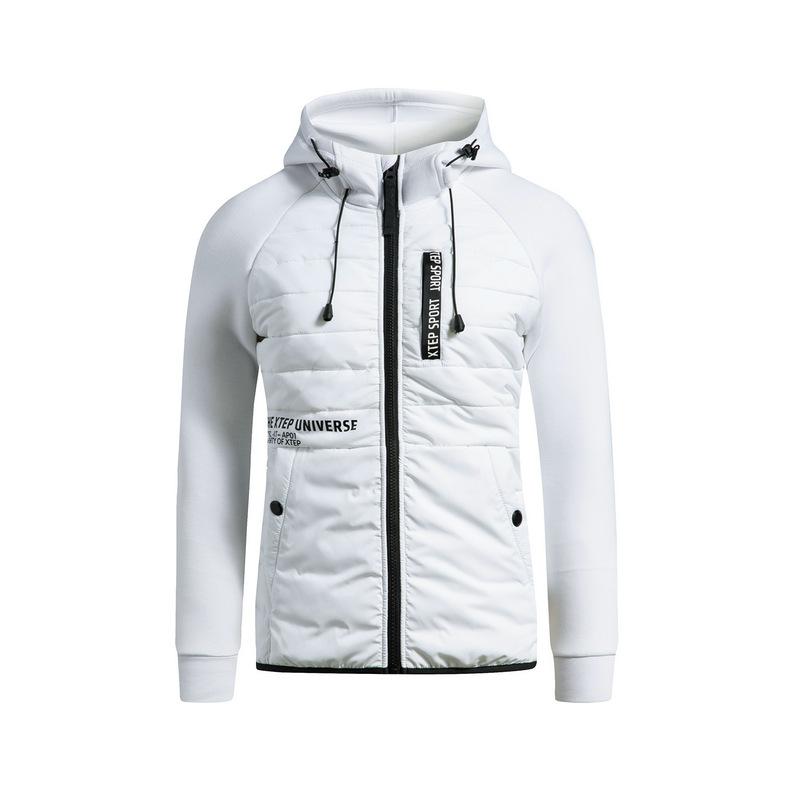 特步 女子棉服 冬季新款 校园轻便时尚运动跑步连帽外套883428449004