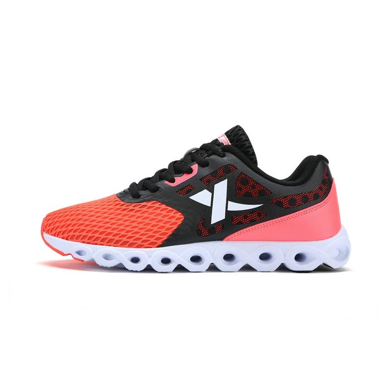 特步 男子夏季跑鞋 17新品 舒适耐磨 男子跑步鞋983219119335