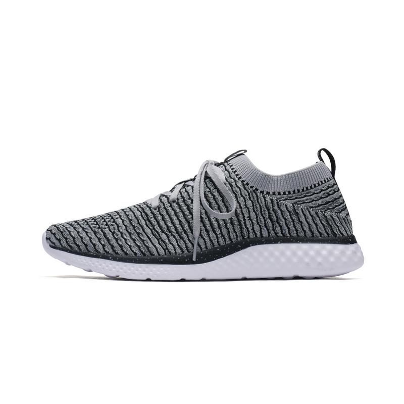 特步 男子跑鞋 透气舒适运动鞋982119119168