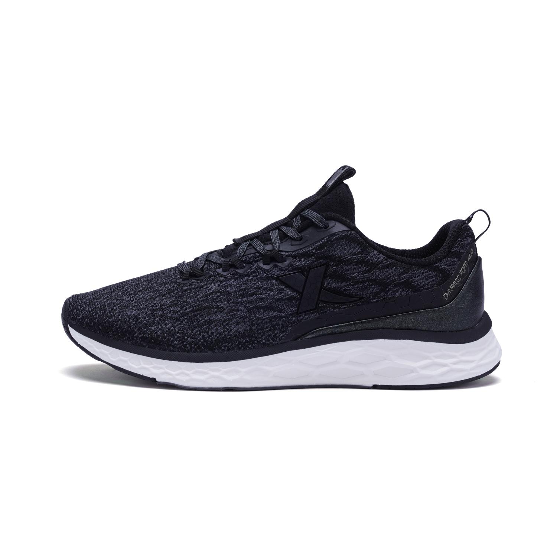 特步 专柜款 男子春季跑步鞋 动力巢科技跑鞋982119116727