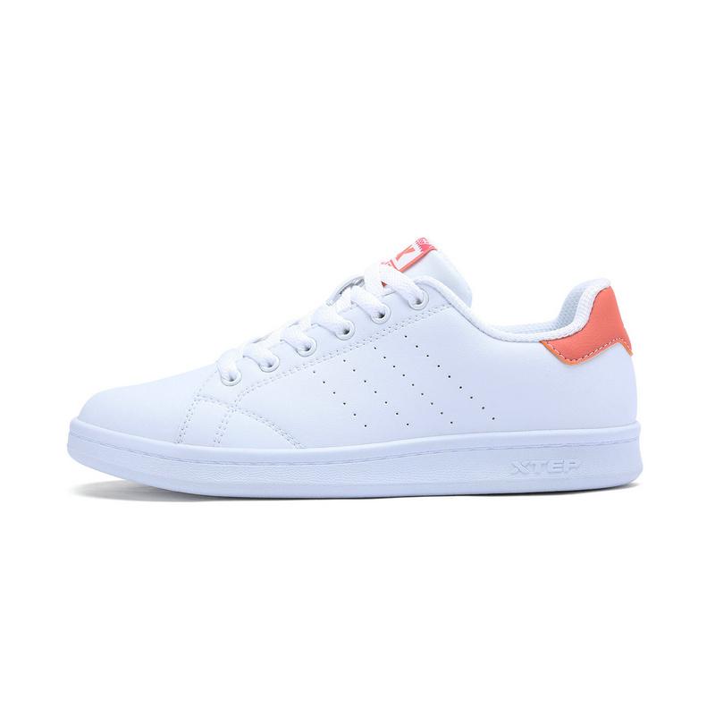 特步 女子板鞋 简约经典百搭 女子小白鞋983218319266