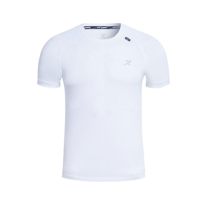 特步 专柜 男子跑步T恤 吸湿透气 简约运动T恤983229011714