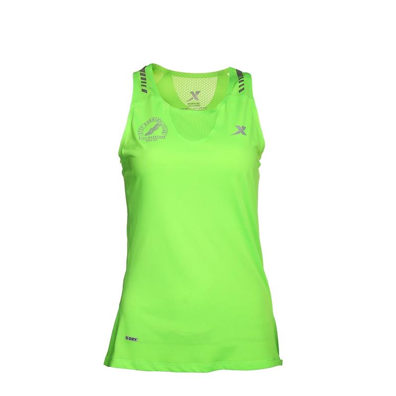 特步 专柜款 女子夏季跑步背心 17新品马拉松透气运动 背心983228090063