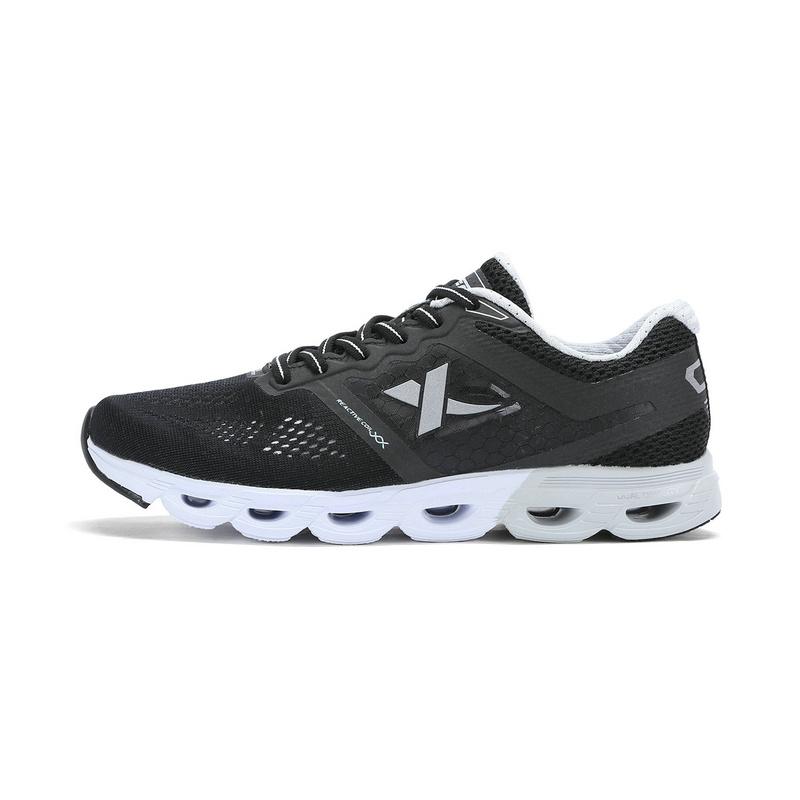 特步专柜款 女子夏季跑鞋 新品减震旋科技运动女鞋983218116319