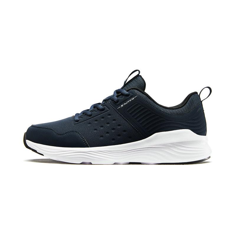 特步  男子跑鞋 秋冬新款舒适时尚健身运动耐磨跑步鞋882419119585
