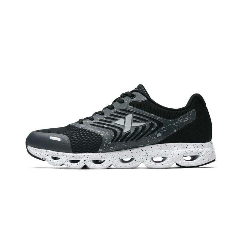 特步 2018年秋季新款男跑鞋透气轻便减震舒适运动鞋982319119296