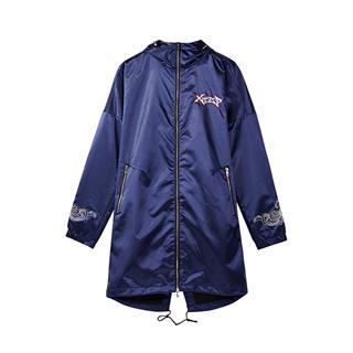 特步 专柜款 男子新款潮流嘻哈连体帽双层风衣外套982329150402