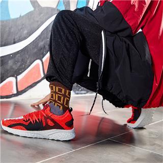 特步 专柜款 男鞋休闲鞋运动鞋2018年夏季新款时尚舒适轻便校园男官方正品982319110233