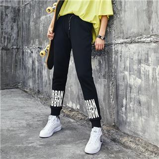 特步 女子冬季新款舒适保暖百搭针织长裤882428639228