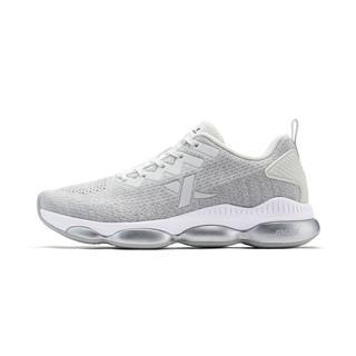 特步 女子跑鞋 冬季新款时尚潮流网面系带气垫跑步鞋882418119576