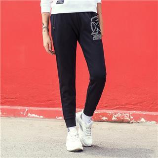 特步 女子针织长裤 18秋季新品舒适时尚针织收脚户外休闲旅游裤882328639360
