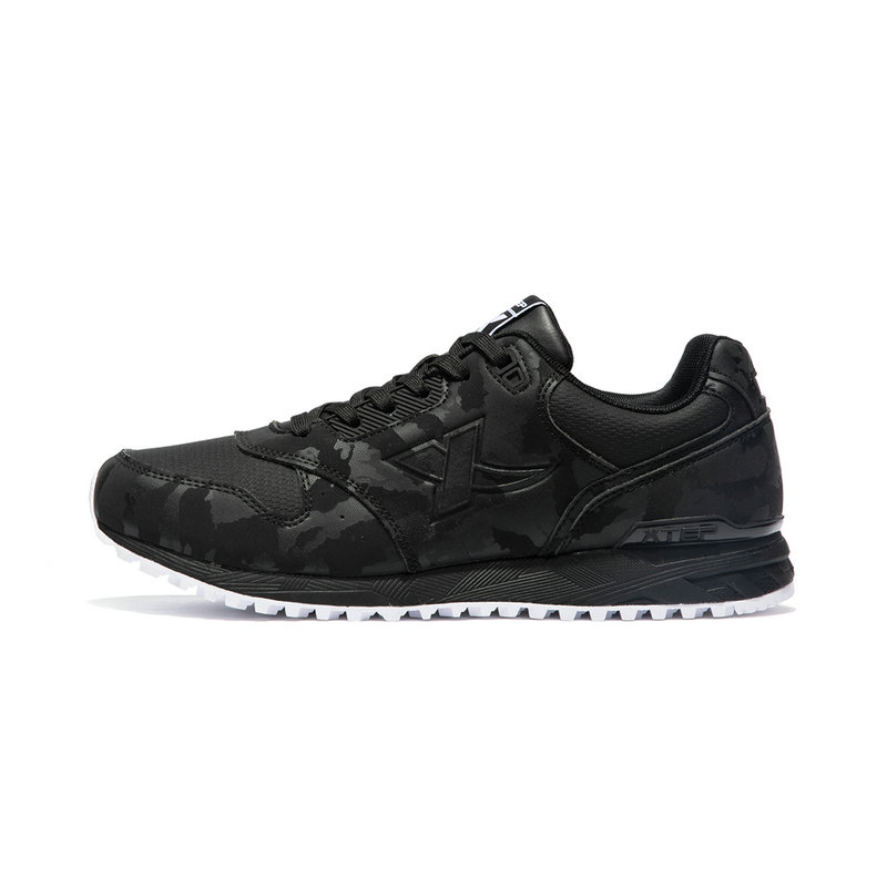 特步 专柜款 男子休闲鞋 冬季新款轻便舒适耐磨百搭运动鞋982419326785