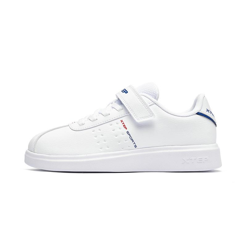 特步 男童板鞋 2019年春季新款时尚男童小白鞋中大童儿童休闲鞋681115319176