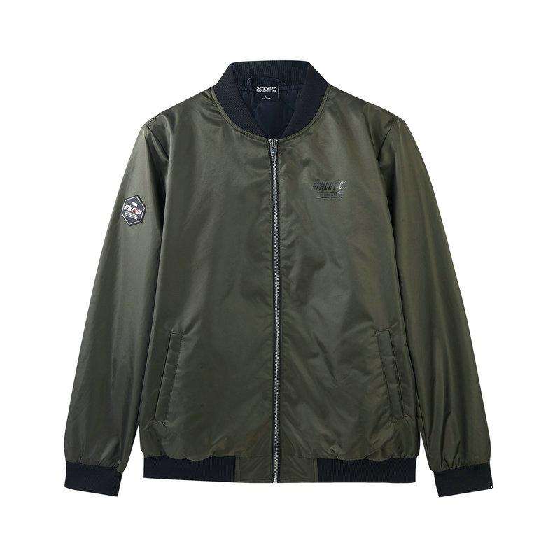 特步 专柜款 男子薄棉服 冬季新款时尚活力休闲夹克外套982429170385