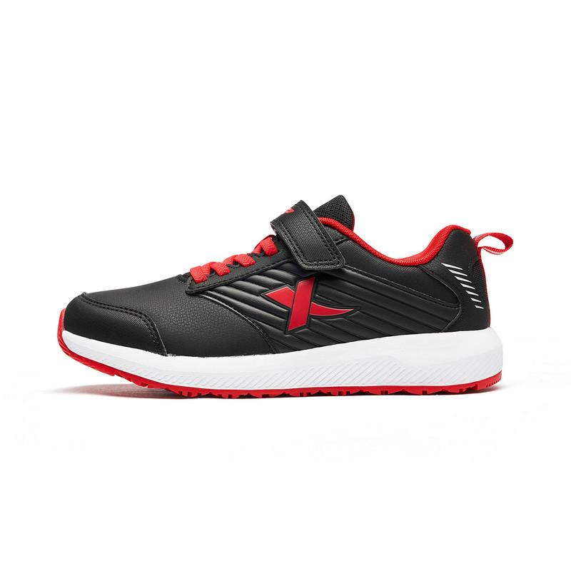 特步 专柜款 男童跑鞋 秋冬新款休闲轻便舒适跑步运动鞋682315115157