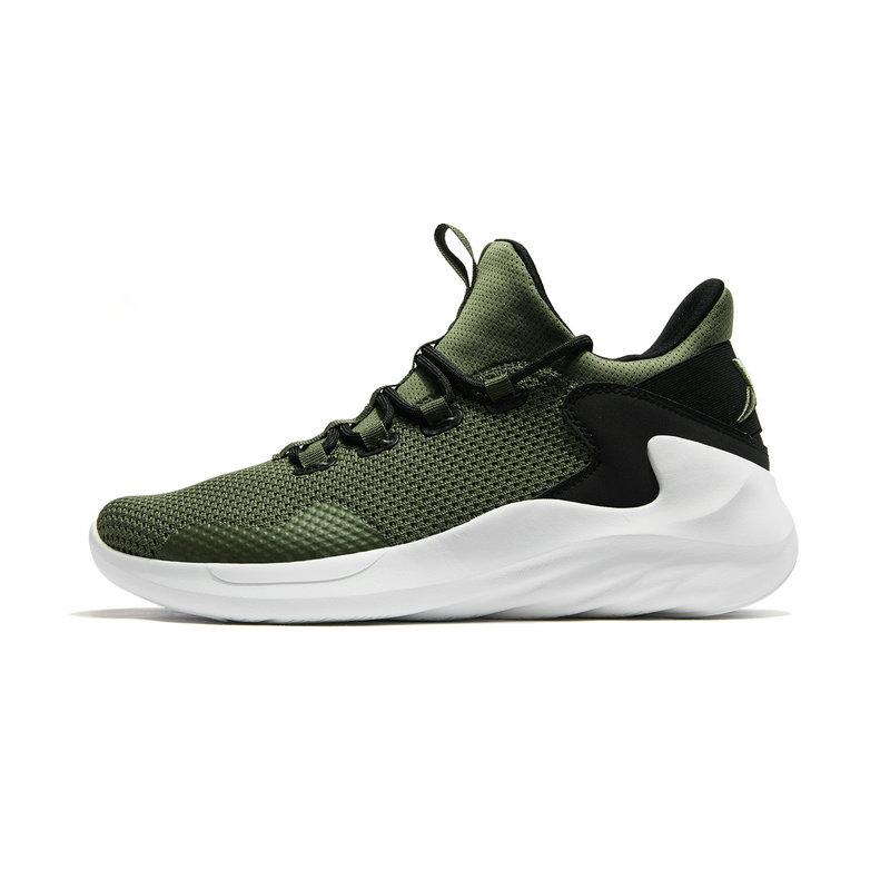 特步 男子篮球鞋 19春季新款高帮系带舒适耐磨室内鞋酷炫撞色运动防滑鞋881119129361