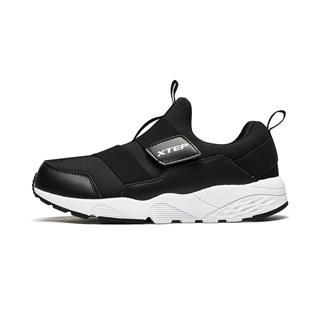 特步 男童休闲鞋 时尚舒适休闲魔术贴儿童运动鞋682115329160