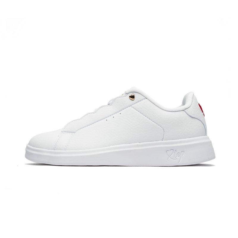 特步 专柜款 女子板鞋 秋冬新款时尚革面绑带爱心小白鞋982418315973