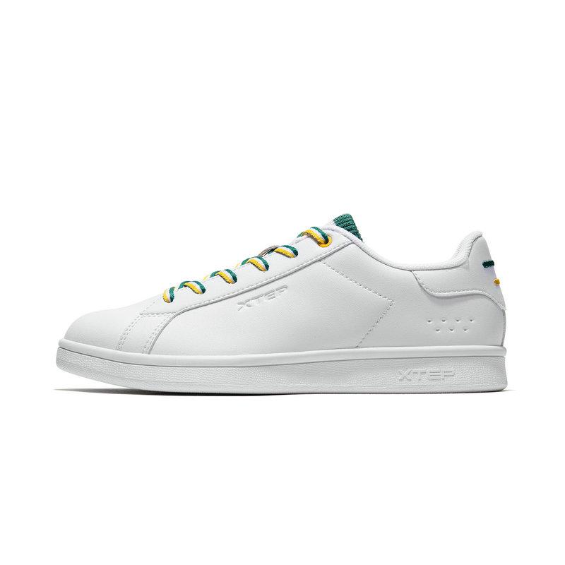 特步 专柜款 女子板鞋 2019春季新款时尚系带革面小白鞋981118316039