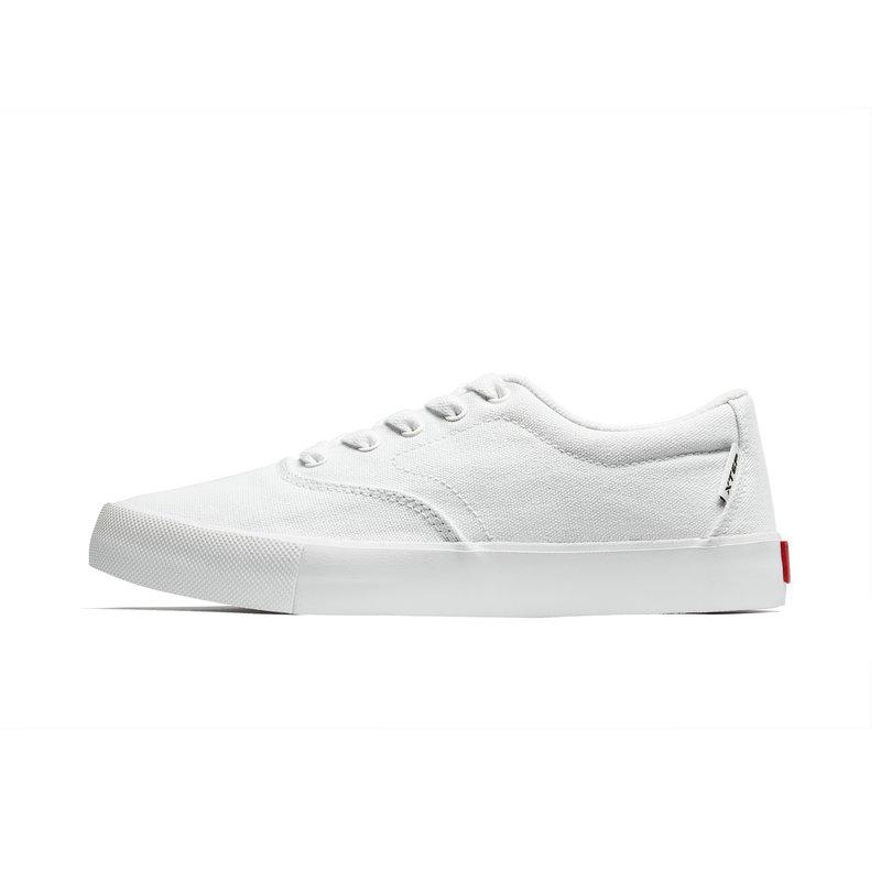 特步 女子帆布鞋 2019春新款简约防滑板鞋情侣休闲帆布鞋881118109250