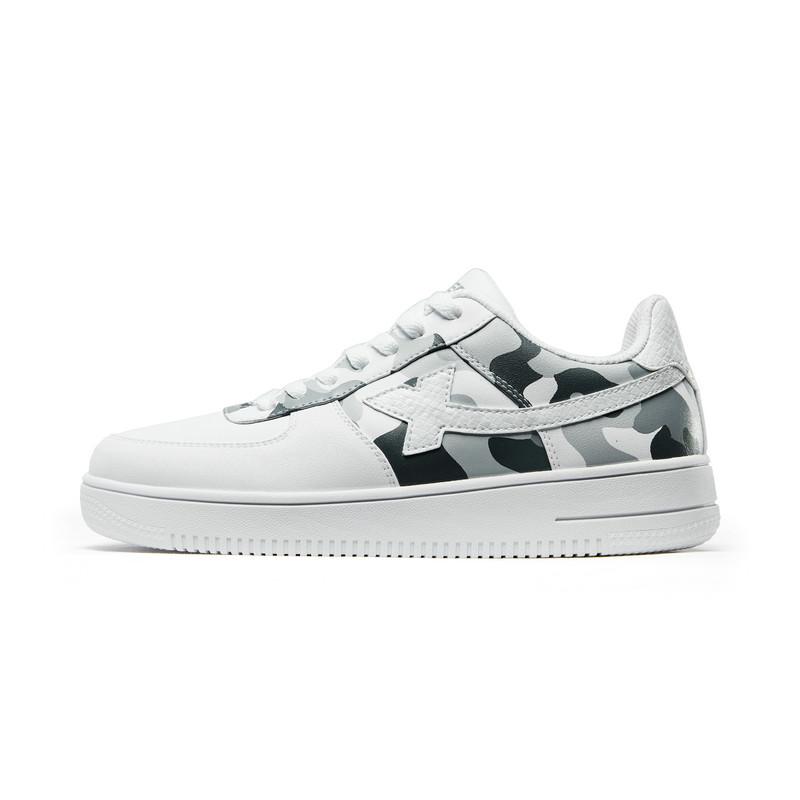 特步 男子板鞋 2019春季新款迷彩运动鞋小白鞋休闲鞋881119319223